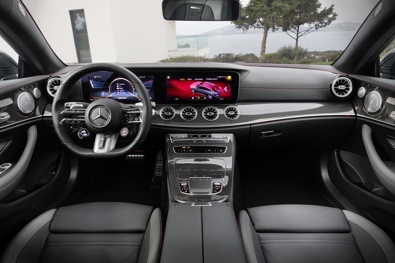 The new Mercedes-AMG E53 Coupe looks just as hot as the E63 Interior - image 908382