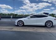 Tesla Model S Performance With The 'Cheetah Stance' Sets A New Quarter-Mile Record - image 907539