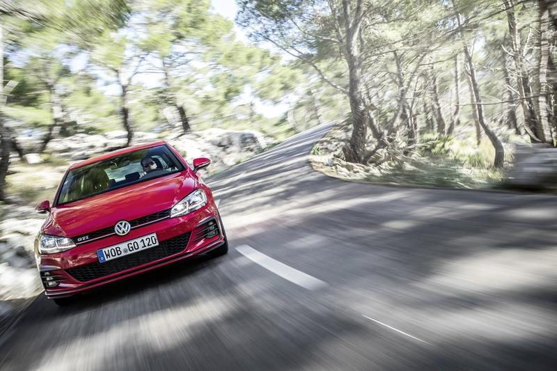 The 2021 Volkswagen Golf GTI is Faster On the Track Than the MK7 Golf GTI Performance
