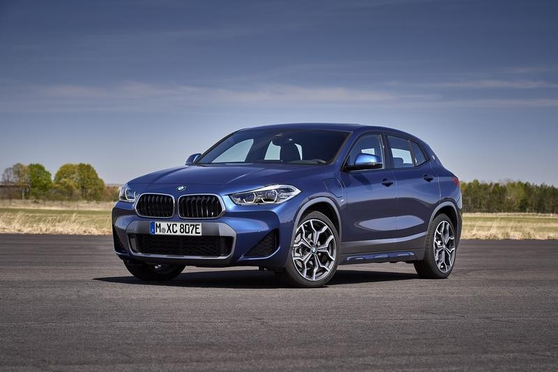 The 2021 BMW X2 Goes Hybrid With 35 Miles of EV Range, But There Is a Trade-Off