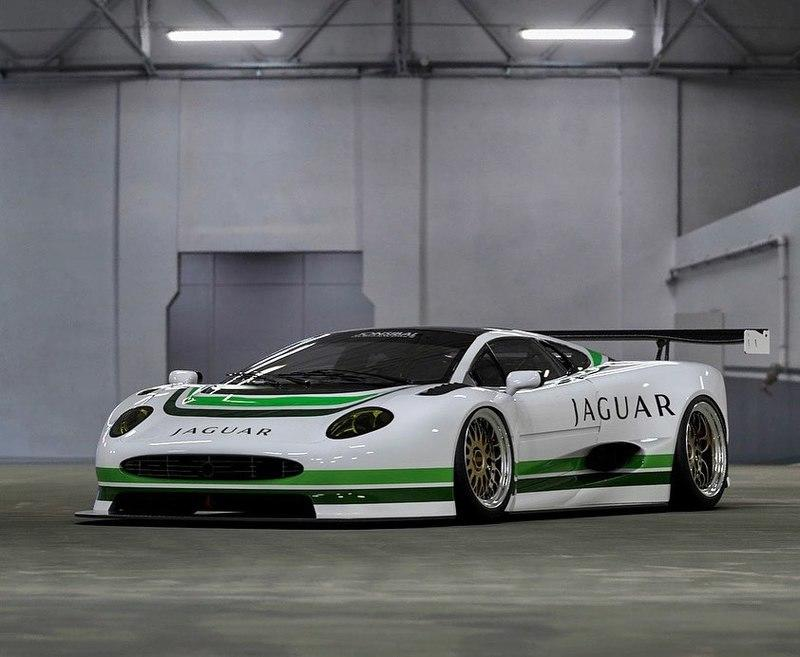 This Jaguar XJ220 GT1 Is Bedroom Poster Material