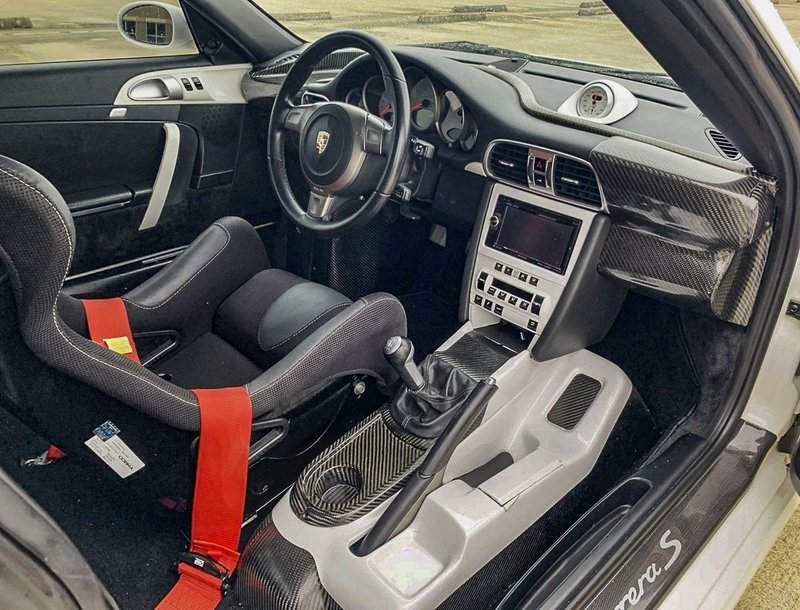 Crazy Car for Sale: Center-Drive 2008 Porsche 911 Carrera S Turned GT3 Interior - image 912147