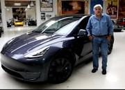 Jay Leno Has Nothing Bad to Say about the Tesla Model Y - image 914936