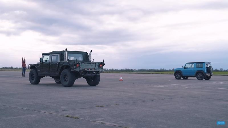 Watch a Suzuki Jimny Take On The Mighty Hummer H1 In a Drag Race - image 913318