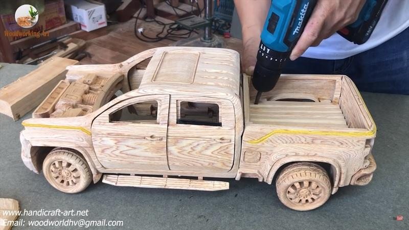 Watch This Video of a Wood-Carved 2021 Chevy Silverado 2500 HD to Get Rid of Your Mid-Week Blues - image 915262