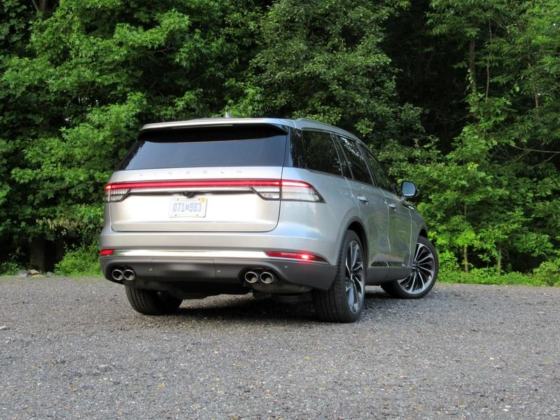 2020 Lincoln Aviator - Driven Exterior - image 920454