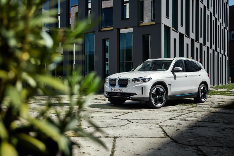 The BMW iX3 Joins the EV Ranks with 286 Miles of Range