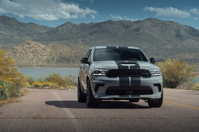 People Are Going Crazy Over The 2021 Dodge Durango Hellcat