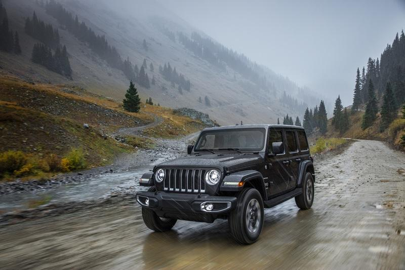 Jeep Hopes to Fend Off the Ford Bronco by Giving the Wrangler More Standard Equipment