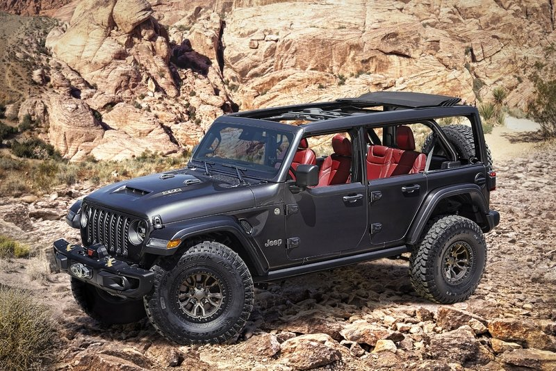 Jeep Unveils Wrangler Rubicon 392 Concept Just So It Can Ruin Ford's Party Tonight - image 919708