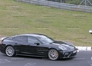 Porsche Panamera Turbo Facelift Goes For Nurburgring Record - image 924739