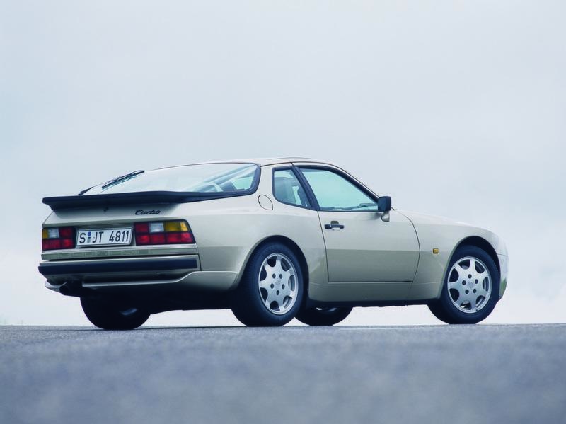 The Fastest Cars of the 1980s That You've Forgotten About - image 925894