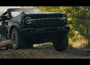 The Ford Bronco's Door Storage Solution Sets the Standard for Off-Road Vehicles - image 919874