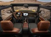 The Ford Bronco's Door Storage Solution Sets the Standard for Off-Road Vehicles - image 919904