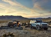 The Ford Bronco's Door Storage Solution Sets the Standard for Off-Road Vehicles - image 919933