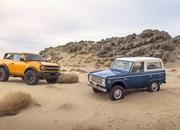 The Ford Bronco's Door Storage Solution Sets the Standard for Off-Road Vehicles - image 919936