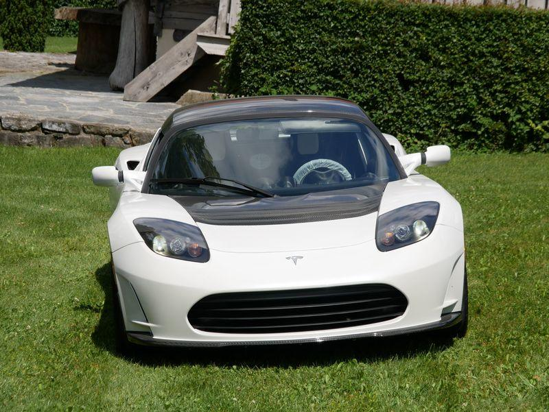 Will Someone Be Dumb Enough to Pay $1.49 Million for the Very Last First-Gen Tesla Roadster Built?