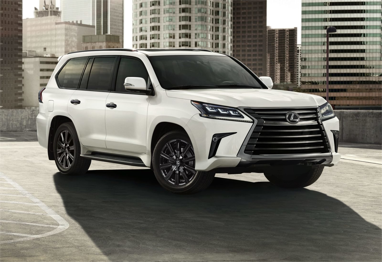2021 Lexus LX 570 - Mildly Updated and More Exclusive