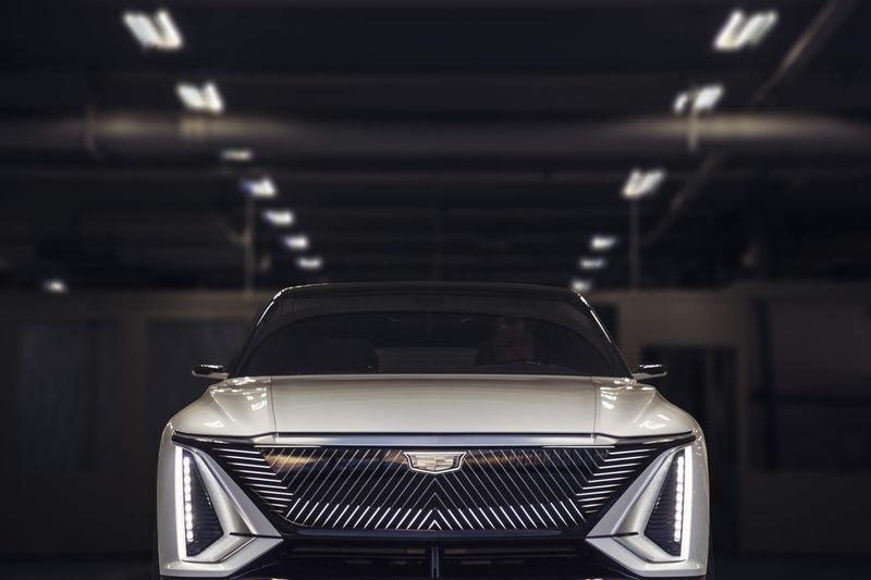 2023 Cadillac Lyriq EV – Futuristic Styling and Tech That Won't Make It To Production