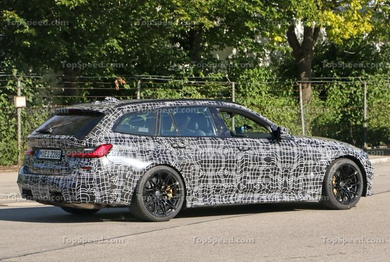 2021 BMW M3 Touring - Everything We Know Exterior Spyshots - image 931415
