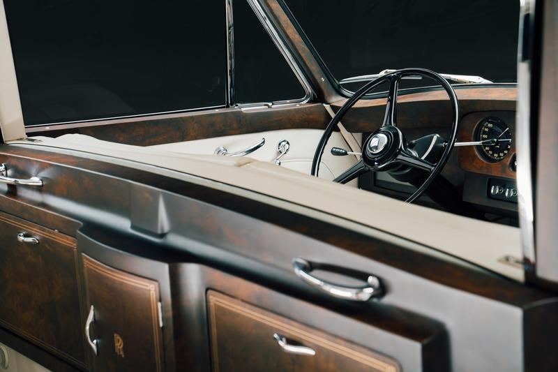 The First Electric Rolls Royce Has Arrived Thanks to Lunaz Interior - image 929835
