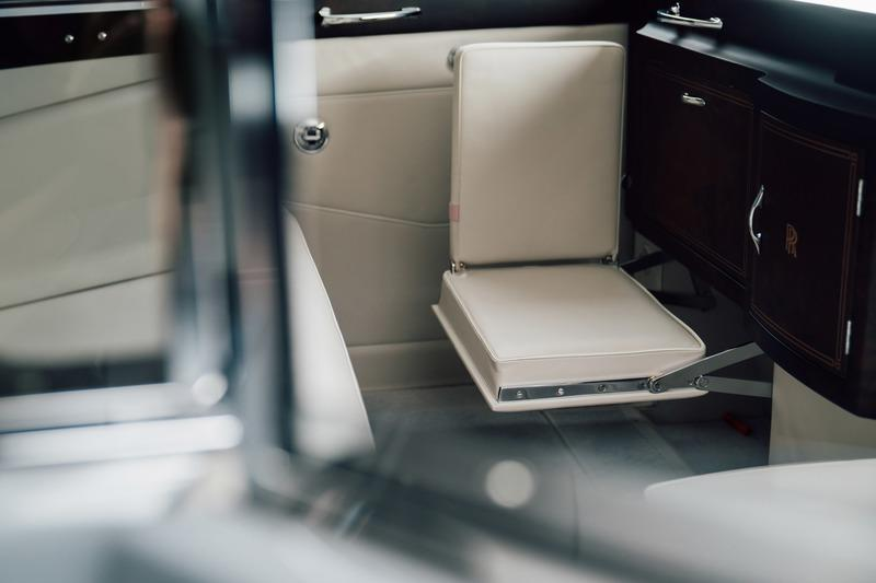 The First Electric Rolls Royce Has Arrived Thanks to Lunaz Interior - image 929836