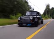 This Custom Mid-Engine Mini Is the Definition of a Pocket Rocket - image 930304