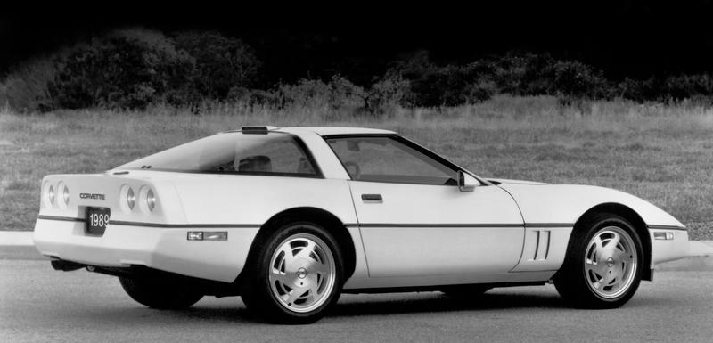 10 Awesome Classic Cars That Are Cheap in 2020 - image 935792