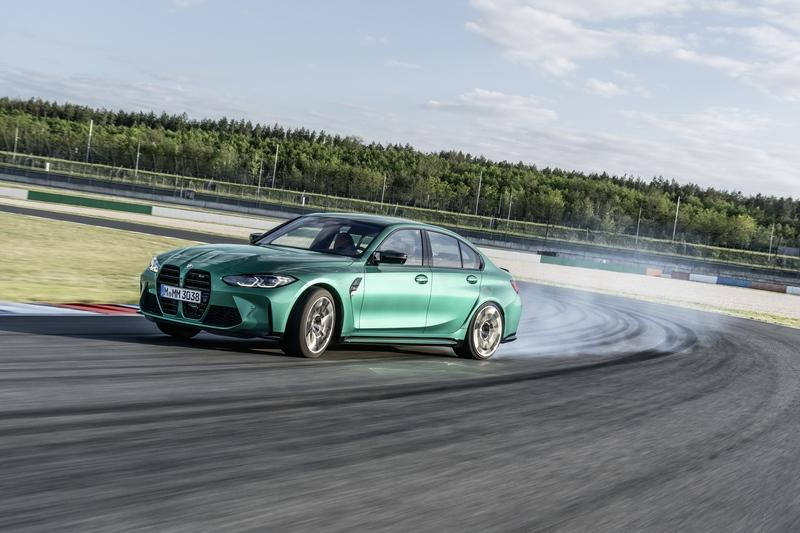 The BMW M3 and M4's Drift Analyzer Is The Coolest Useless Feature We've Ever Seen
