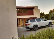 Jeep Unveils The Grand Wagoneer Concept With Bold Exterior and a Technology-Rich Cabin - image 932763