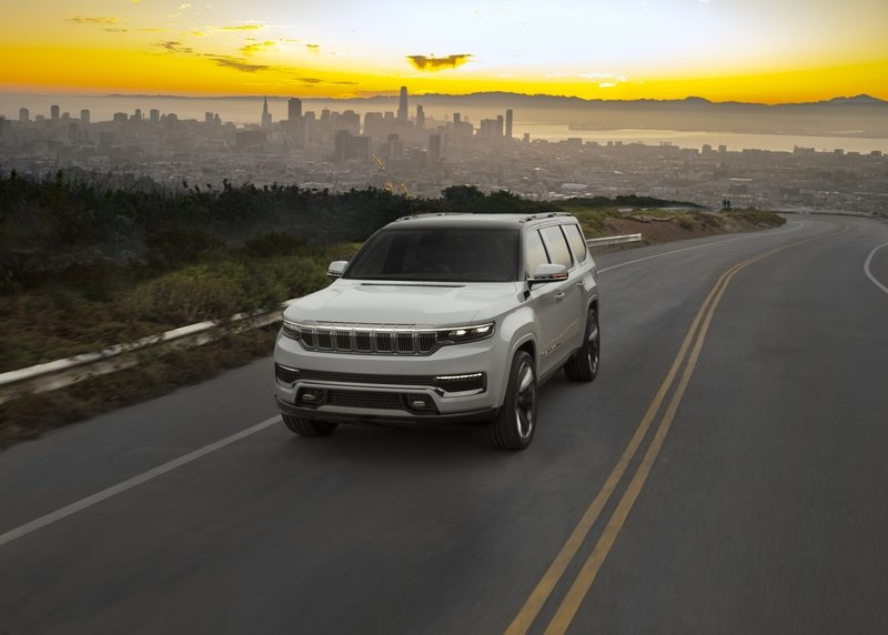 Jeep Unveils The Grand Wagoneer Concept With Bold Exterior and a Technology-Rich Cabin