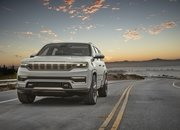 Jeep Unveils The Grand Wagoneer Concept With Bold Exterior and a Technology-Rich Cabin - image 932747