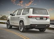 Jeep Unveils The Grand Wagoneer Concept With Bold Exterior and a Technology-Rich Cabin - image 932749