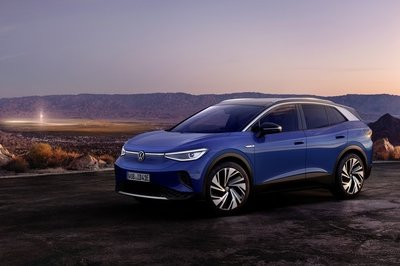 The Volkswagen ID.4 Will Travel Further Per Charge Than the Ford Mach-E