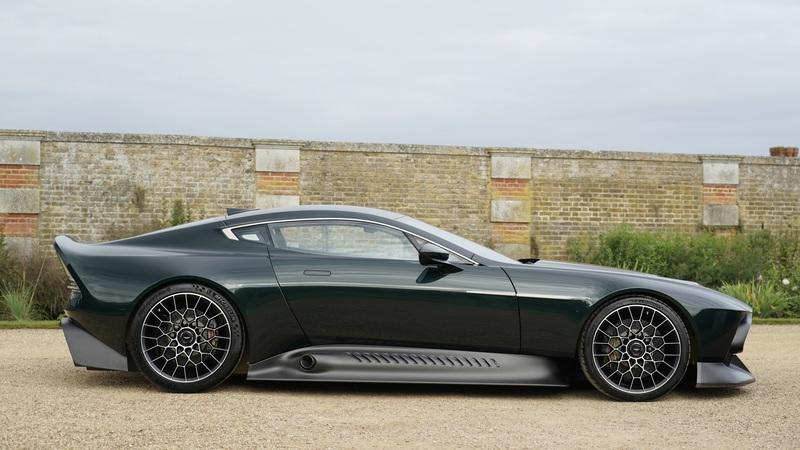 The Aston Martin Victor is a One-Off Supercar with Vulcan and One-77 Gear Exterior - image 933266