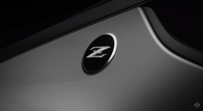 Nissan's Latest Teaser for the 400Z Hints at a Manual Transmission! - image 933424