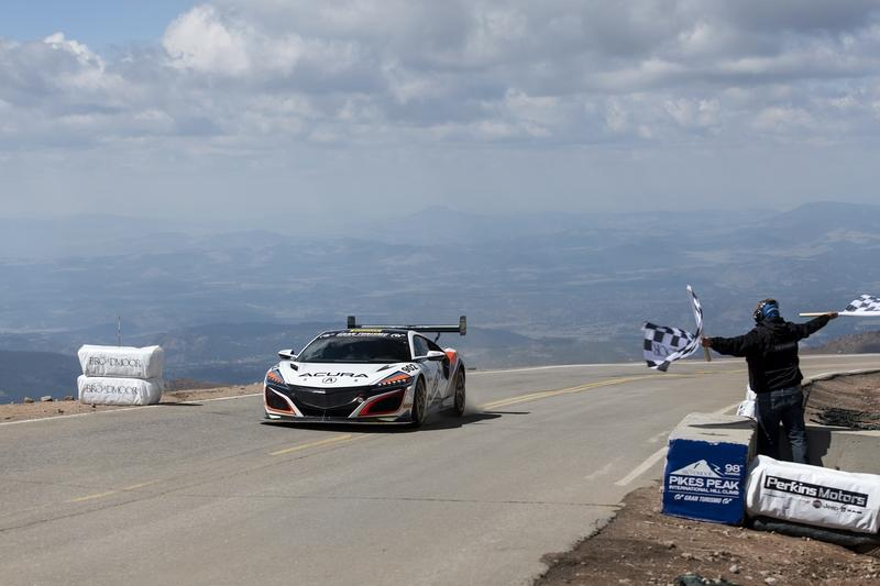The Acura NSX Sets Pikes Peak Record for Hybrid Production Cars