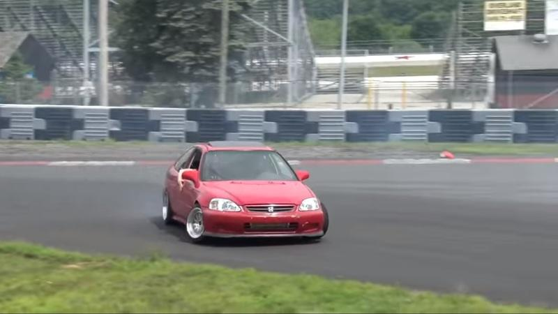 Watch How a RWD Honda Civic Drift Car Comes to Life in Just 10 Minutes