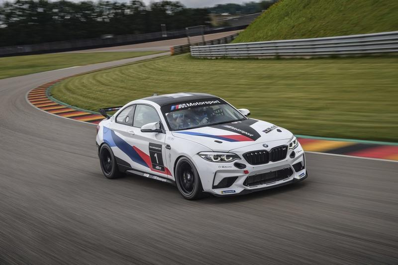 2021 BMW M2 CS Racing
