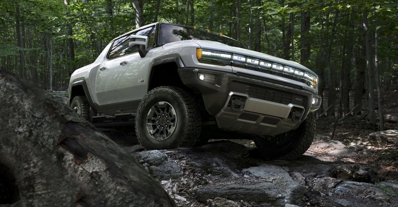 2022 GMC Hummer EV - Highlights and Photo Gallery