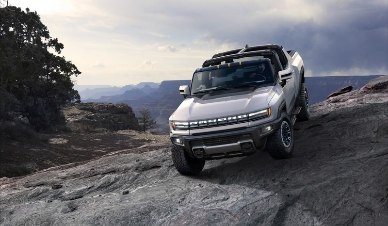 The 2022 GMC Hummer Is Billed As a SuperTruck, But Is It Really?