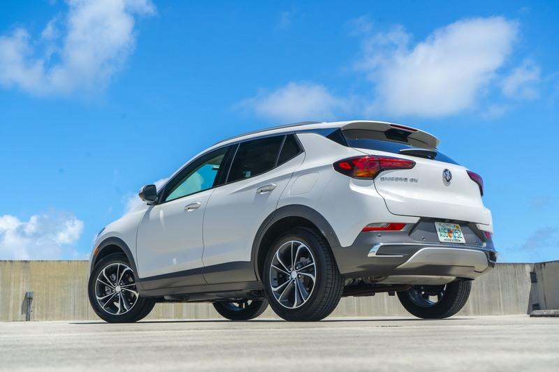 Buick Encore Photos, Pictures (Pics), Wallpapers | Top Speed