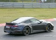 Porsche 911 Turbo Shows Its Ducktail In New Spy Shots - image 945005