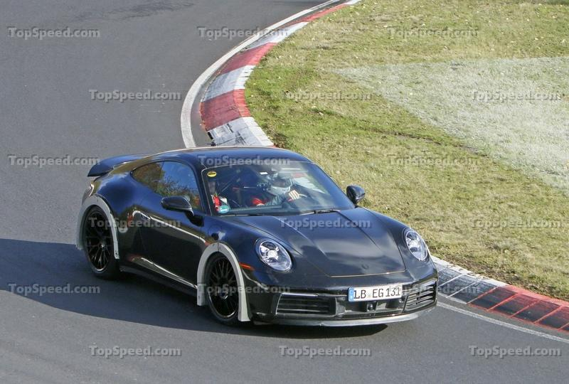 These Spy Shots Could Hint At A New Porsche 911 Safari - Or Is It Something Even Better? Exterior High Resolution - image 943816