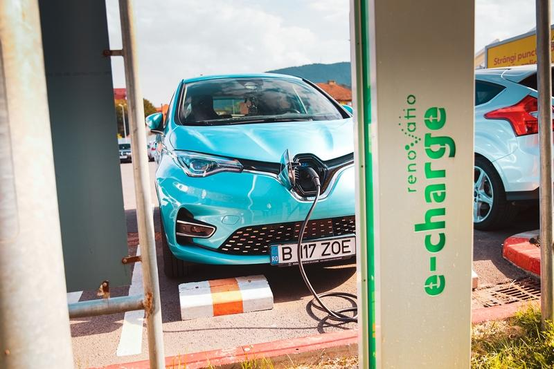 We Drove 8 Electric Cars Over 1200 Miles in Real Conditions So You Don't Have To Exterior - image 940627
