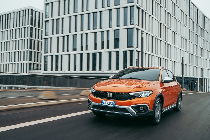 2021 Fiat Tipo Cross Exterior - image 945105