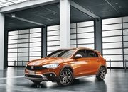2021 Fiat Tipo Cross - image 945110
