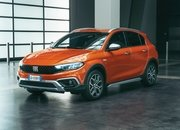 2021 Fiat Tipo Cross - image 945103
