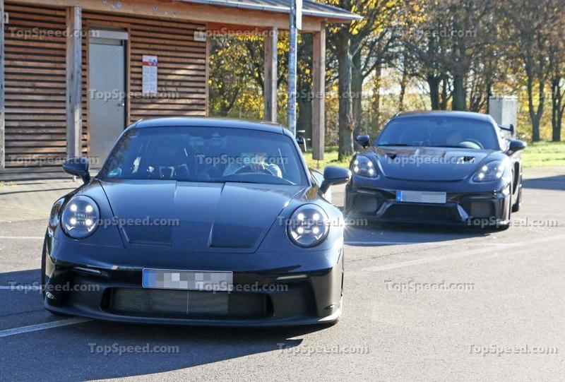 New Porsche 911 GT3 Caught Testing Next To The Cayman GT4 RS