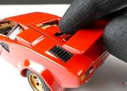 Restoring a Lamborghini Countach Die-Cast Is Hard Work, But The Result Will Leave You Drooling - image 947143